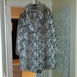 Karl Lagerfeld Paris Snow Leopard Faux Fur Coat